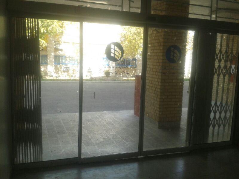 نصب درب شیشه ای اتومات